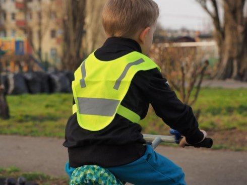 miniszelka v vest dla malych dzieci z gumkami rozowa.1